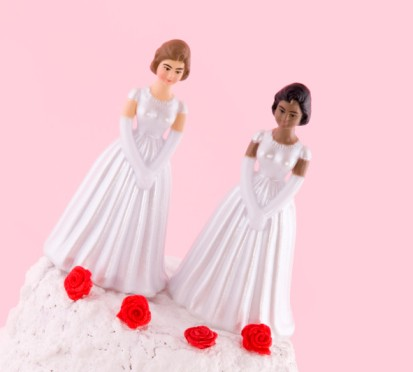 Legittimità dell'annullamento del matrimonio contratto all'estero tra persone dello stesso sesso